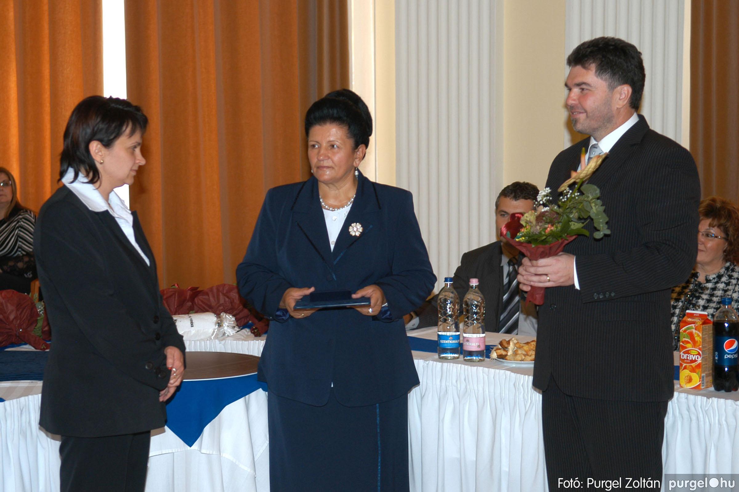 2010.10.28. 062 Szegvár és Vidéke Takarékszövetkezet takarékossági világnap rendezvény - Fotó:P. Z..jpg