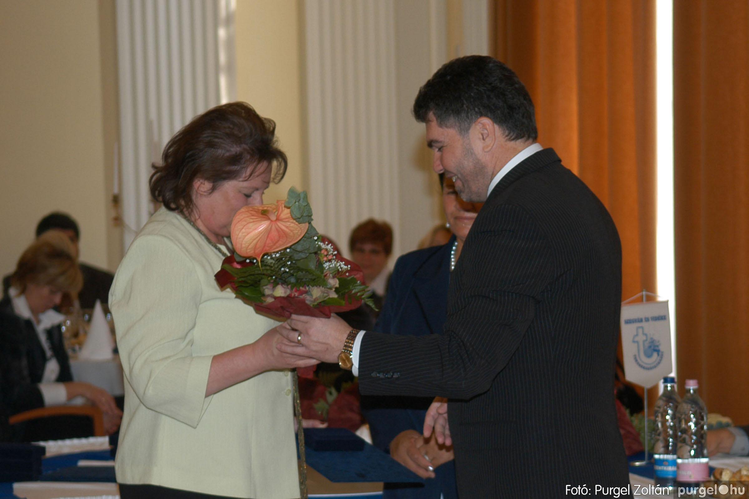 2010.10.28. 072 Szegvár és Vidéke Takarékszövetkezet takarékossági világnap rendezvény - Fotó:P. Z..jpg