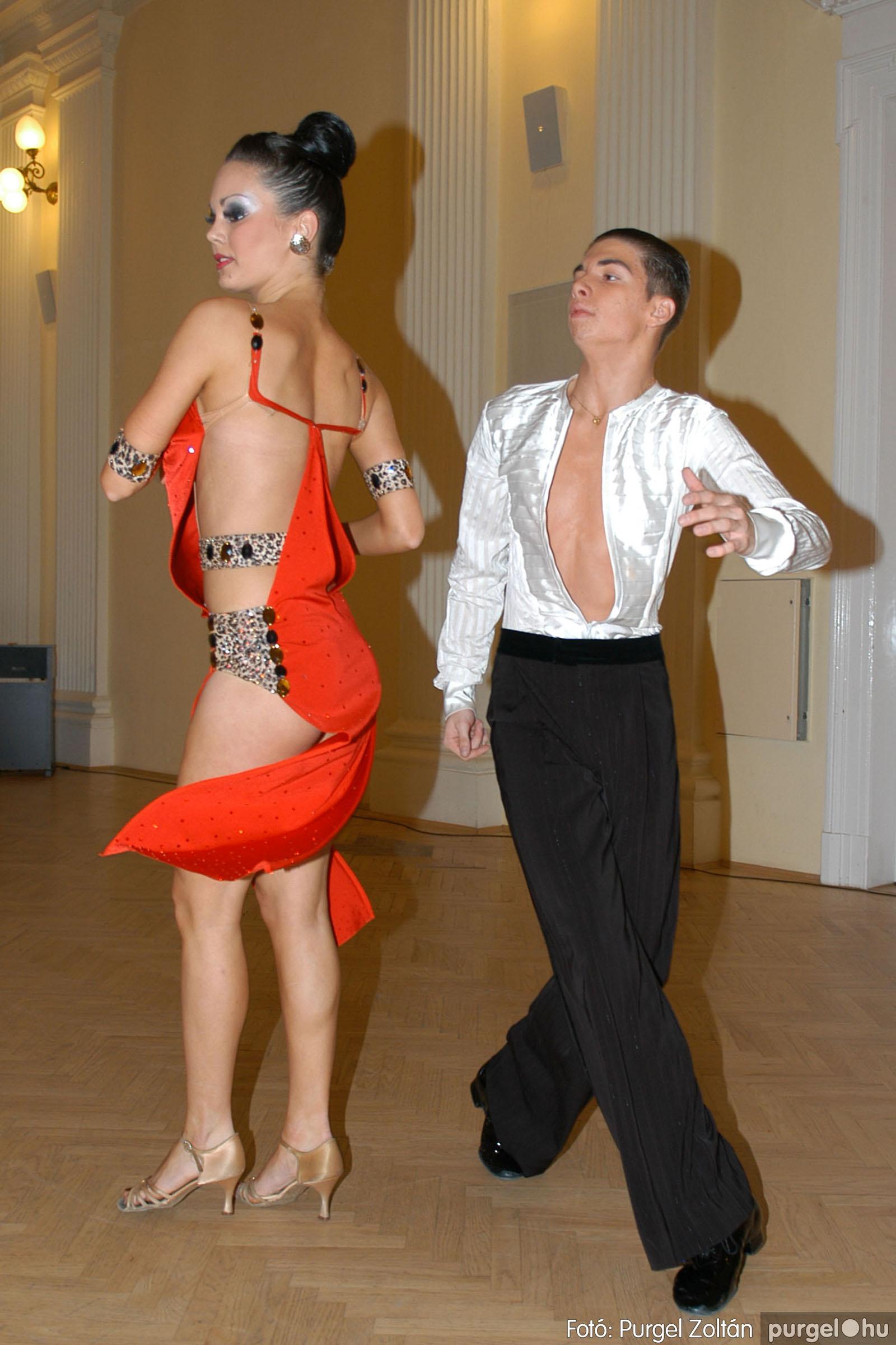 2010.10.28. 152 Szegvár és Vidéke Takarékszövetkezet takarékossági világnap rendezvény - Fotó:P. Z..jpg