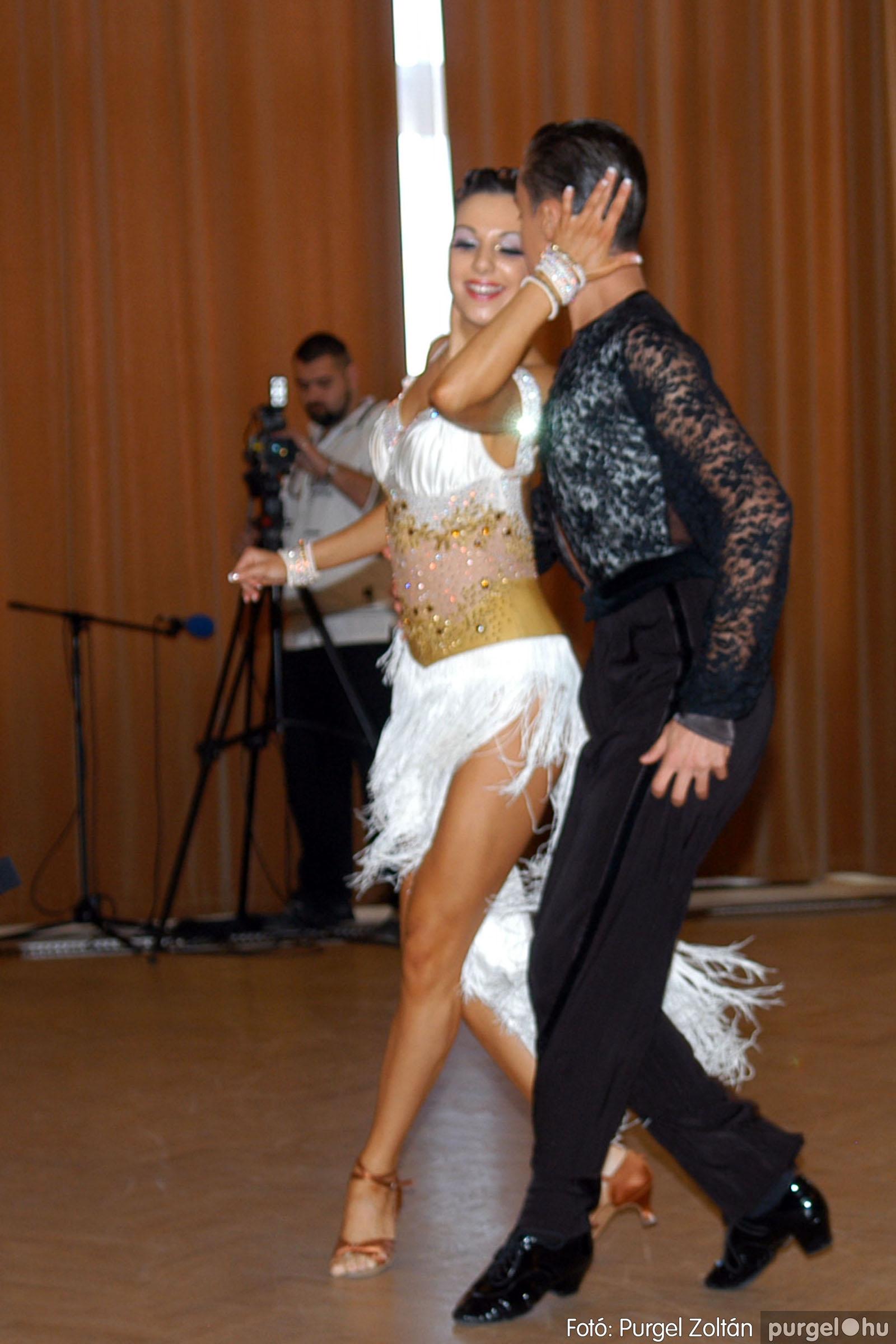2010.10.28. 161 Szegvár és Vidéke Takarékszövetkezet takarékossági világnap rendezvény - Fotó:P. Z..jpg