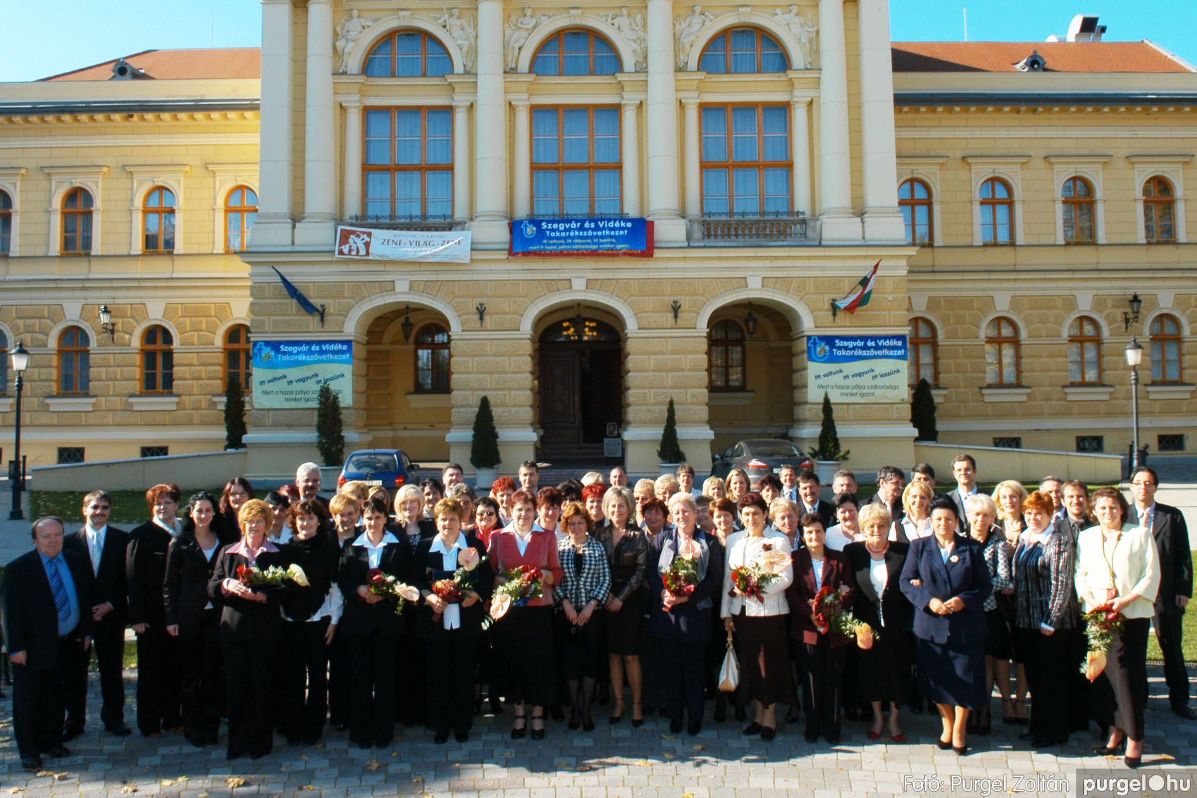 2010.10.28. 181 Szegvár és Vidéke Takarékszövetkezet takarékossági világnap rendezvény - Fotó:P. Z..jpg
