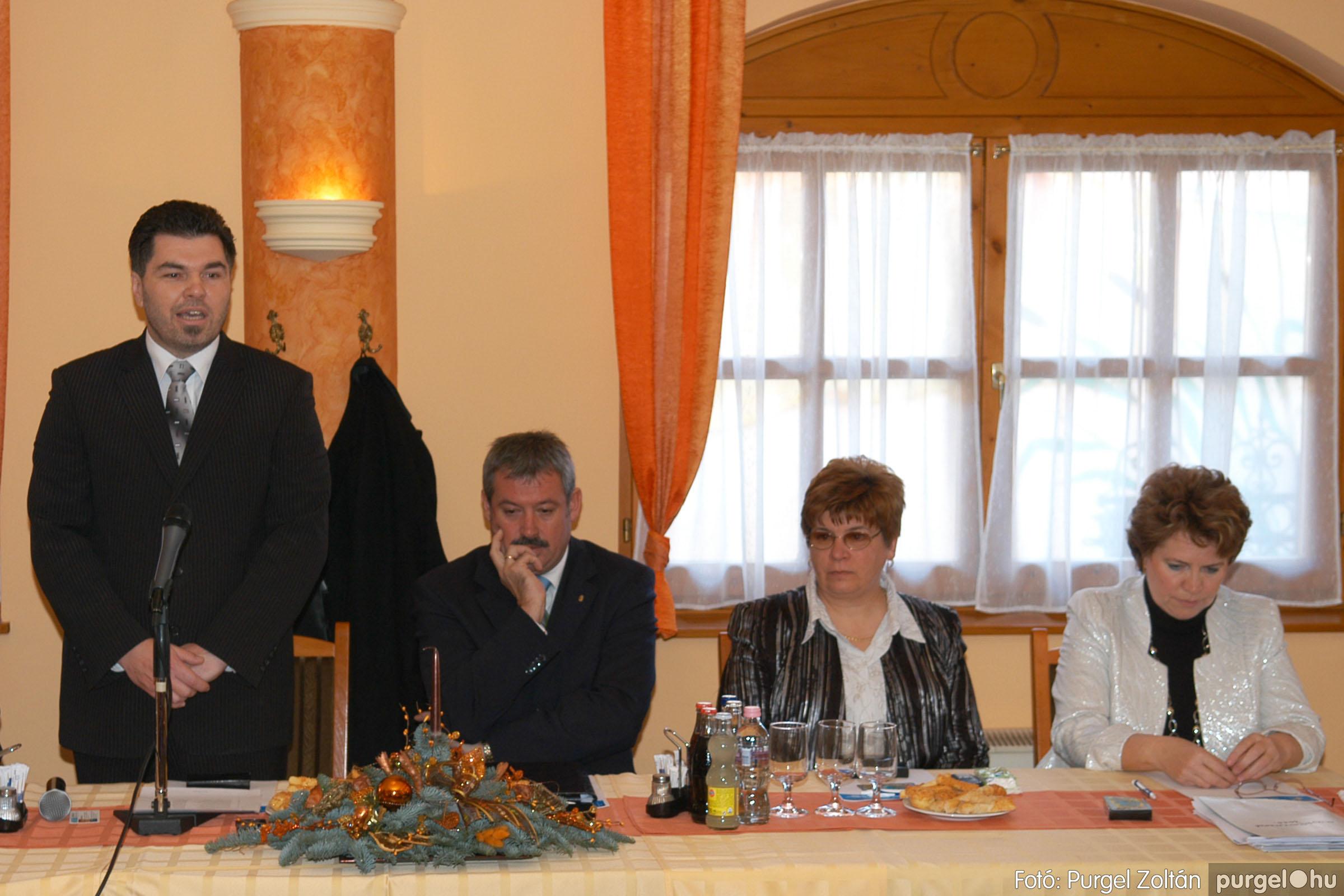 2010.12.10. 001 Szegvár és Vidéke Takarékszövetkezet évzáró - Fotó:PURGEL ZOLTÁN© DSC_0297q.jpg