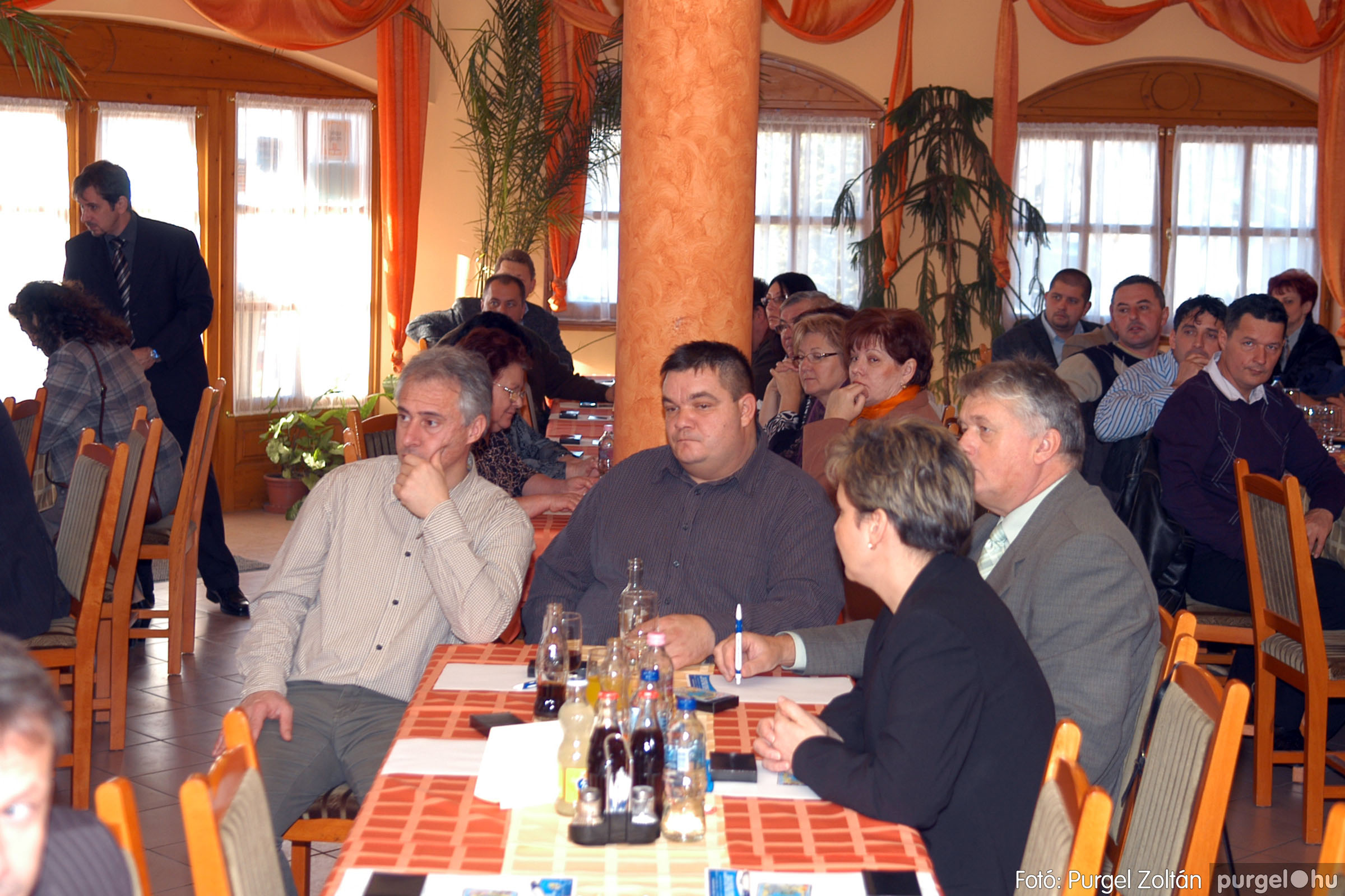 2010.12.10. 005 Szegvár és Vidéke Takarékszövetkezet évzáró - Fotó:PURGEL ZOLTÁN© DSC_0301q.jpg