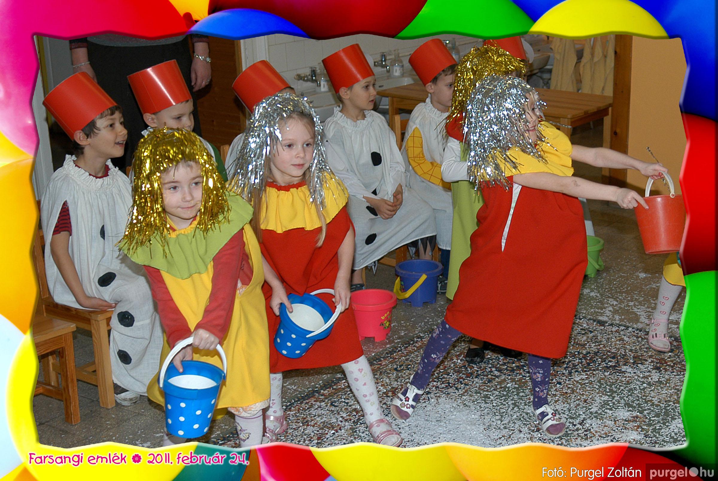 2011.02.24. 085 Kurca-parti Óvoda farsang 2011. - Eszterlánc csoport - Fotó:PURGEL ZOLTÁN© 113.jpg
