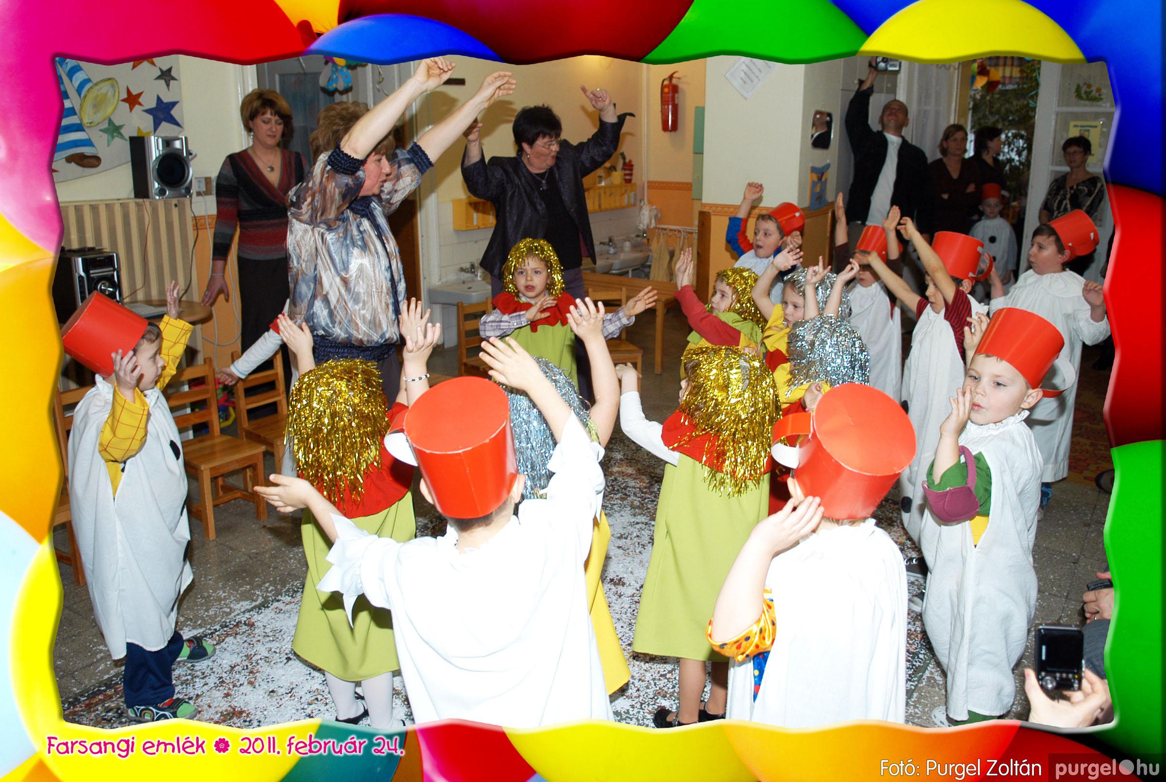 2011.02.24. 089 Kurca-parti Óvoda farsang 2011. - Eszterlánc csoport - Fotó:PURGEL ZOLTÁN© 117.jpg