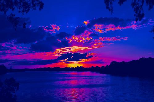 manipulation gimp sliderssunday hss bluesky bluesunset water reflections redsunset nikond7200 tamronsp2470mmf28divcusd
