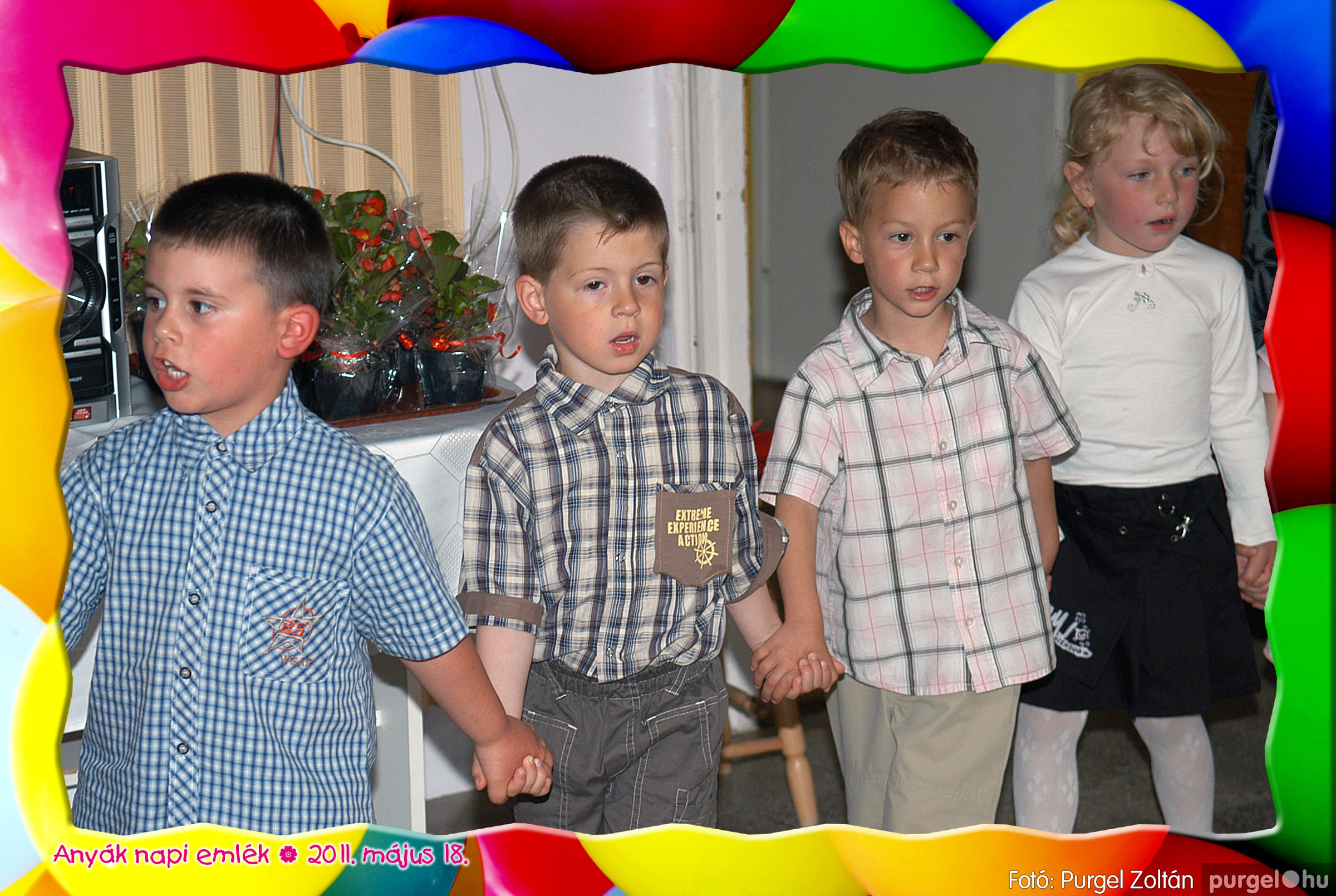 2011.05.18. 020 Kurca-parti Óvoda évzáró 2011. - Nyitnikék csoport - Fotó:PURGEL ZOLTÁN© 520.jpg