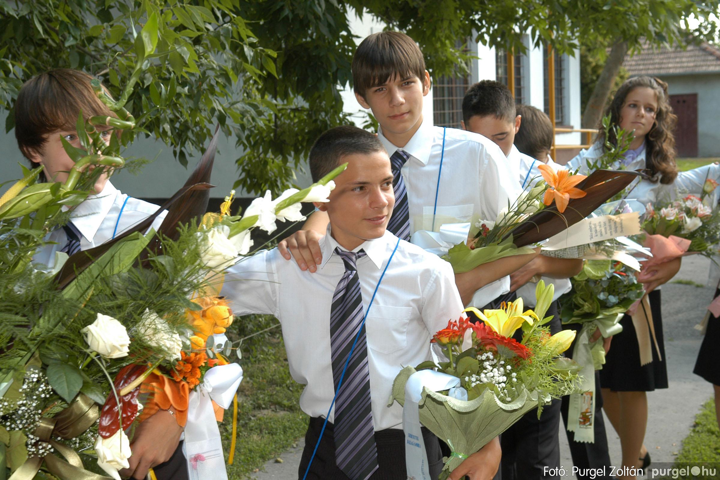 2011.06.18. 110 Forray Máté Általános Iskola ballagás 2011. - Fotó:PURGEL ZOLTÁN© DSC_0144q.jpg