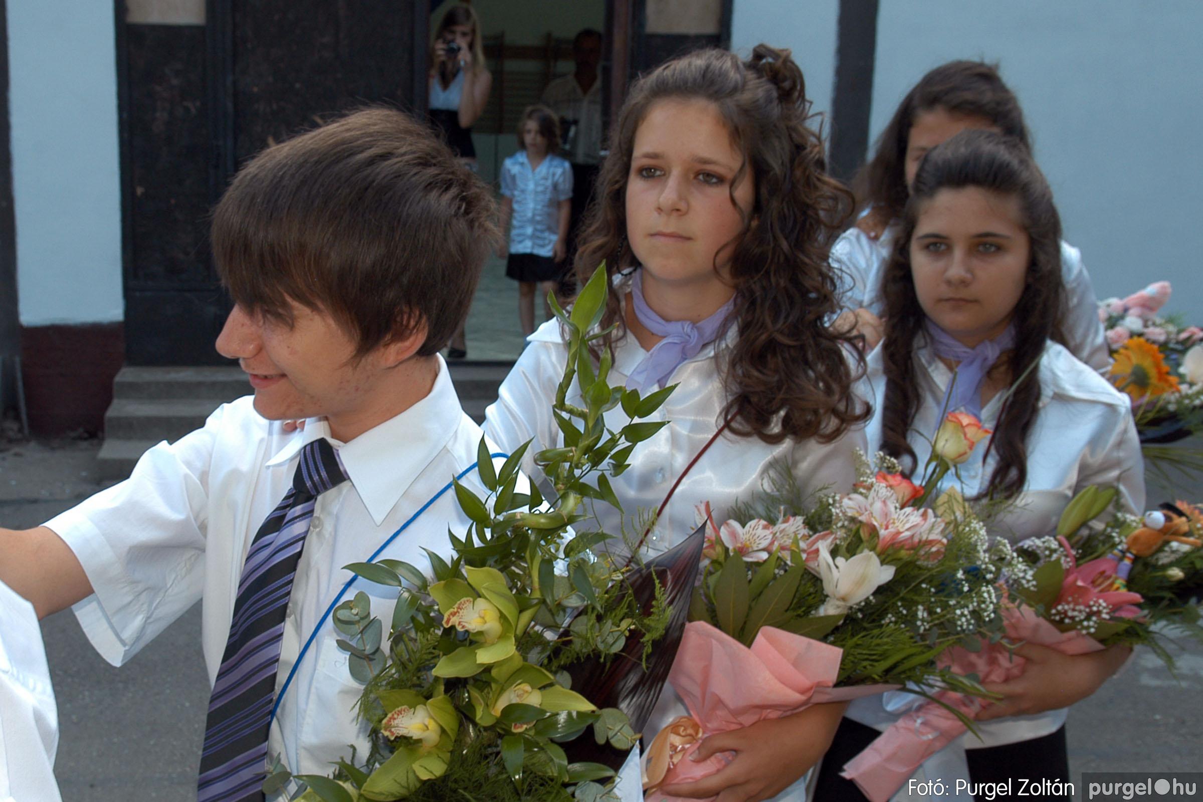 2011.06.18. 095 Forray Máté Általános Iskola ballagás 2011. - Fotó:PURGEL ZOLTÁN© DSC_0129q.jpg