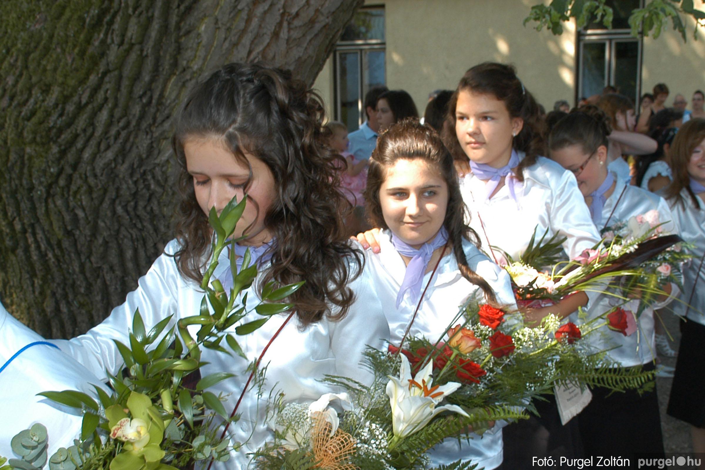 2011.06.18. 204 Forray Máté Általános Iskola ballagás 2011. - Fotó:PURGEL ZOLTÁN© DSC_0254q.jpg