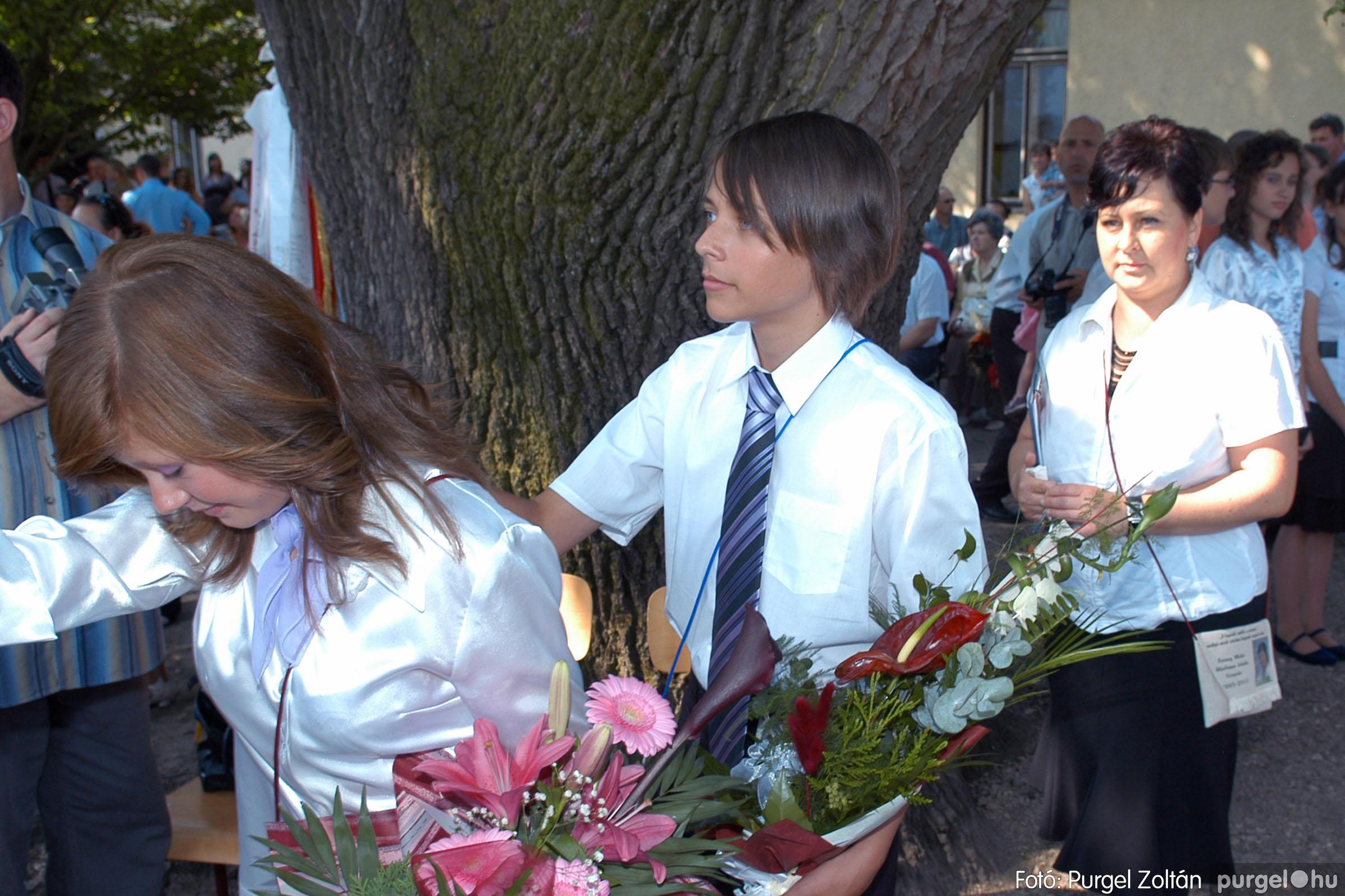 2011.06.18. 208 Forray Máté Általános Iskola ballagás 2011. - Fotó:PURGEL ZOLTÁN© DSC_0258q.jpg
