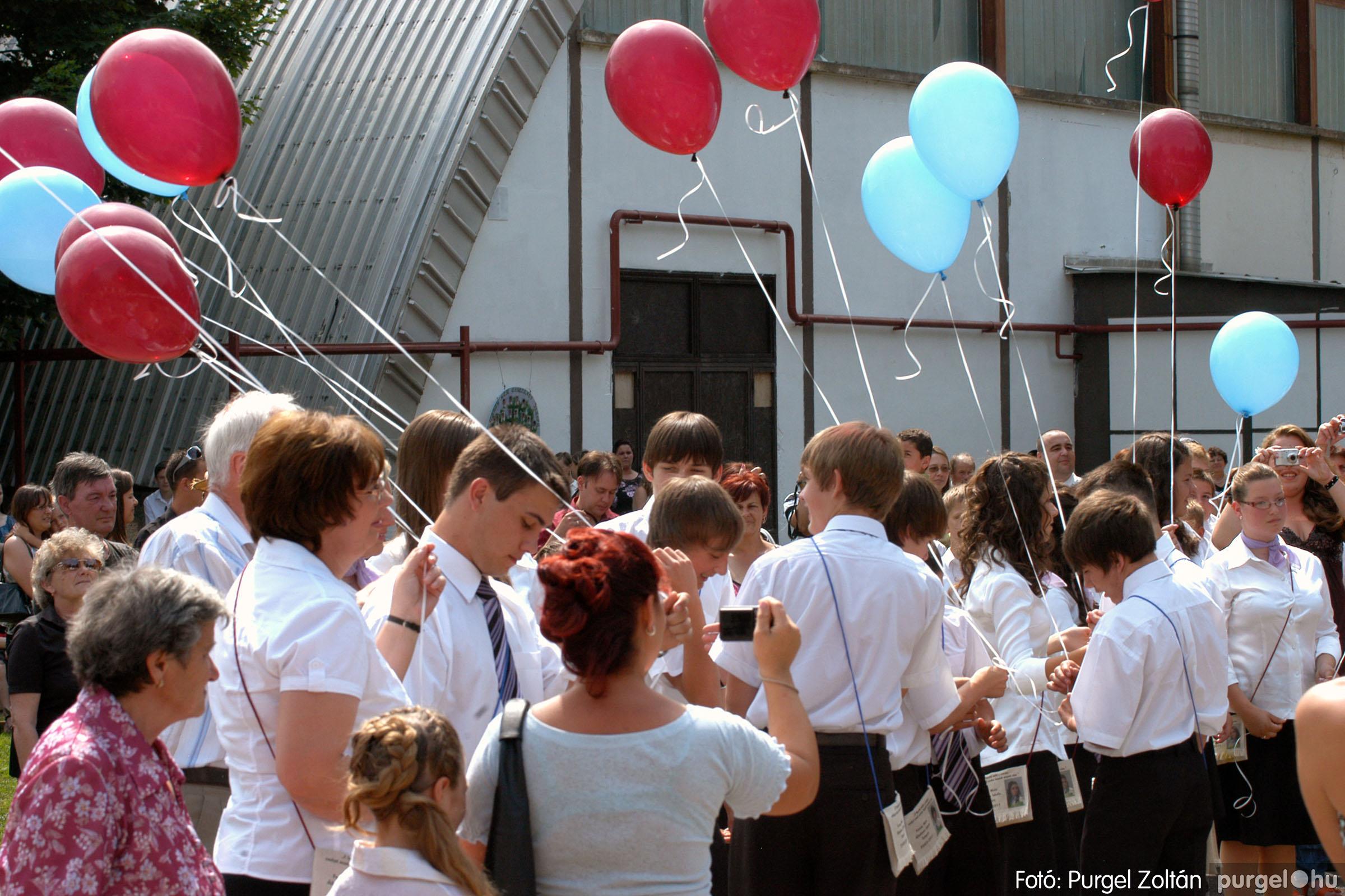 2011.06.18. 367 Forray Máté Általános Iskola ballagás 2011. - Fotó:PURGEL ZOLTÁN© DSC_0597q.jpg