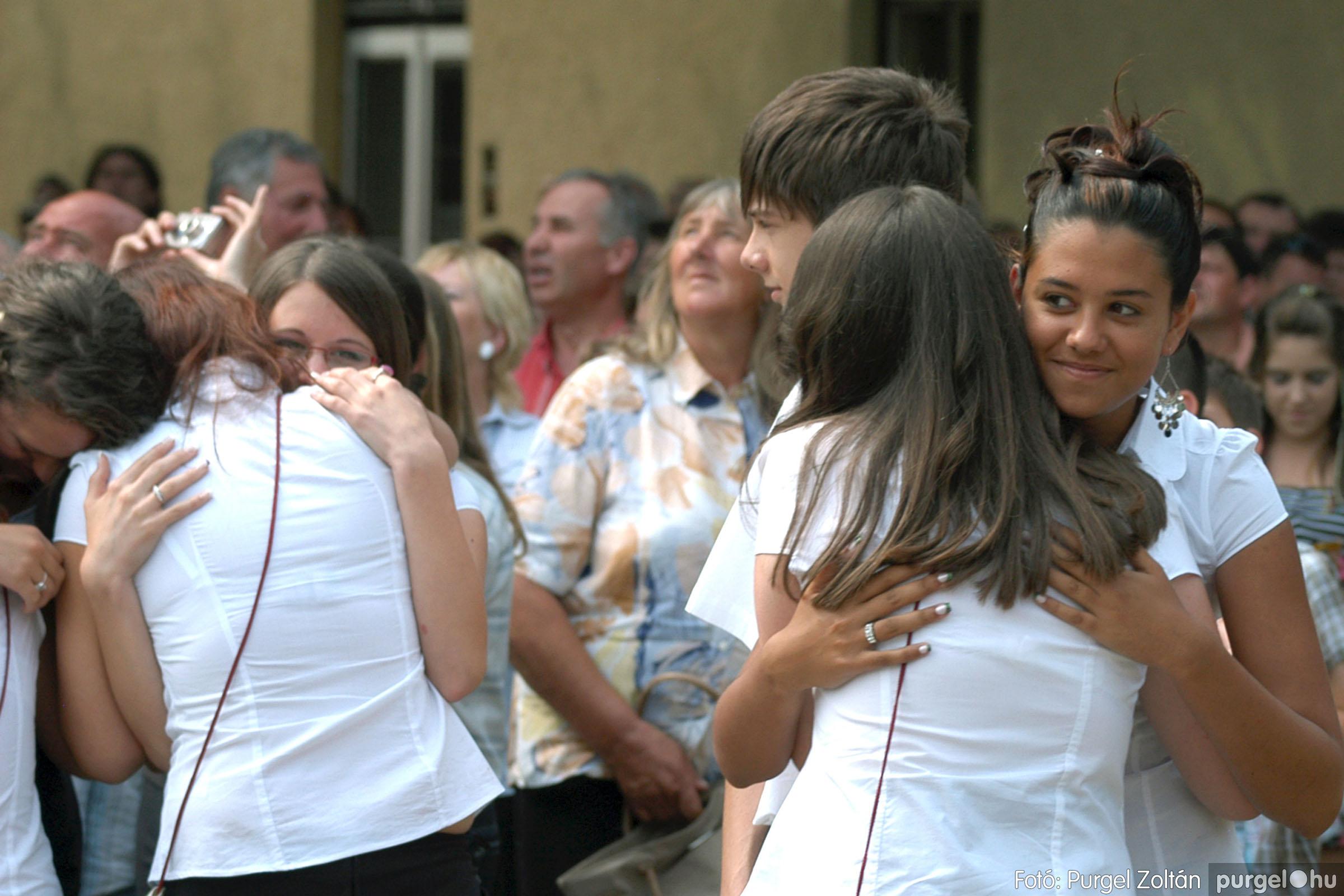 2011.06.18. 375 Forray Máté Általános Iskola ballagás 2011. - Fotó:PURGEL ZOLTÁN© DSC_0608q.jpg