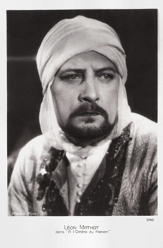 Léon Mathot in Dans l'Ombre du Harem (1928)