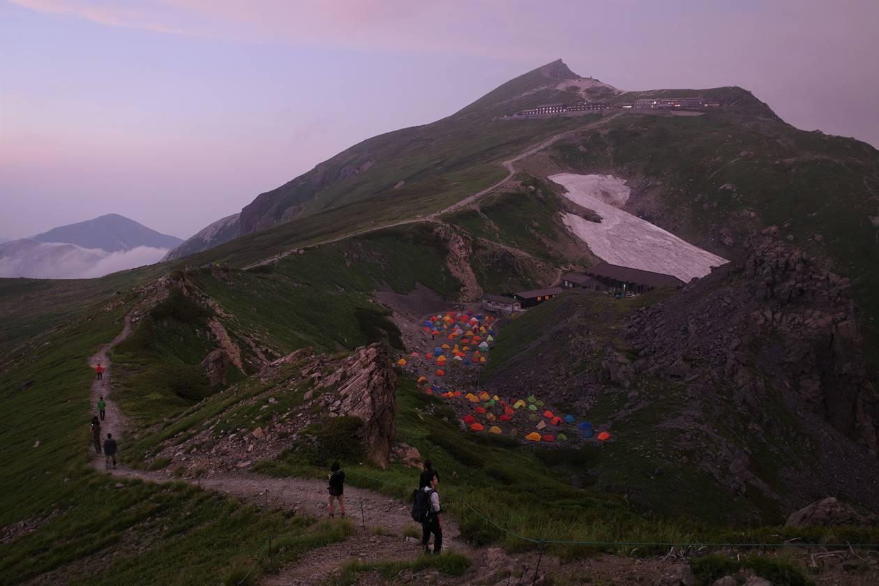 夕暮れの白馬岳