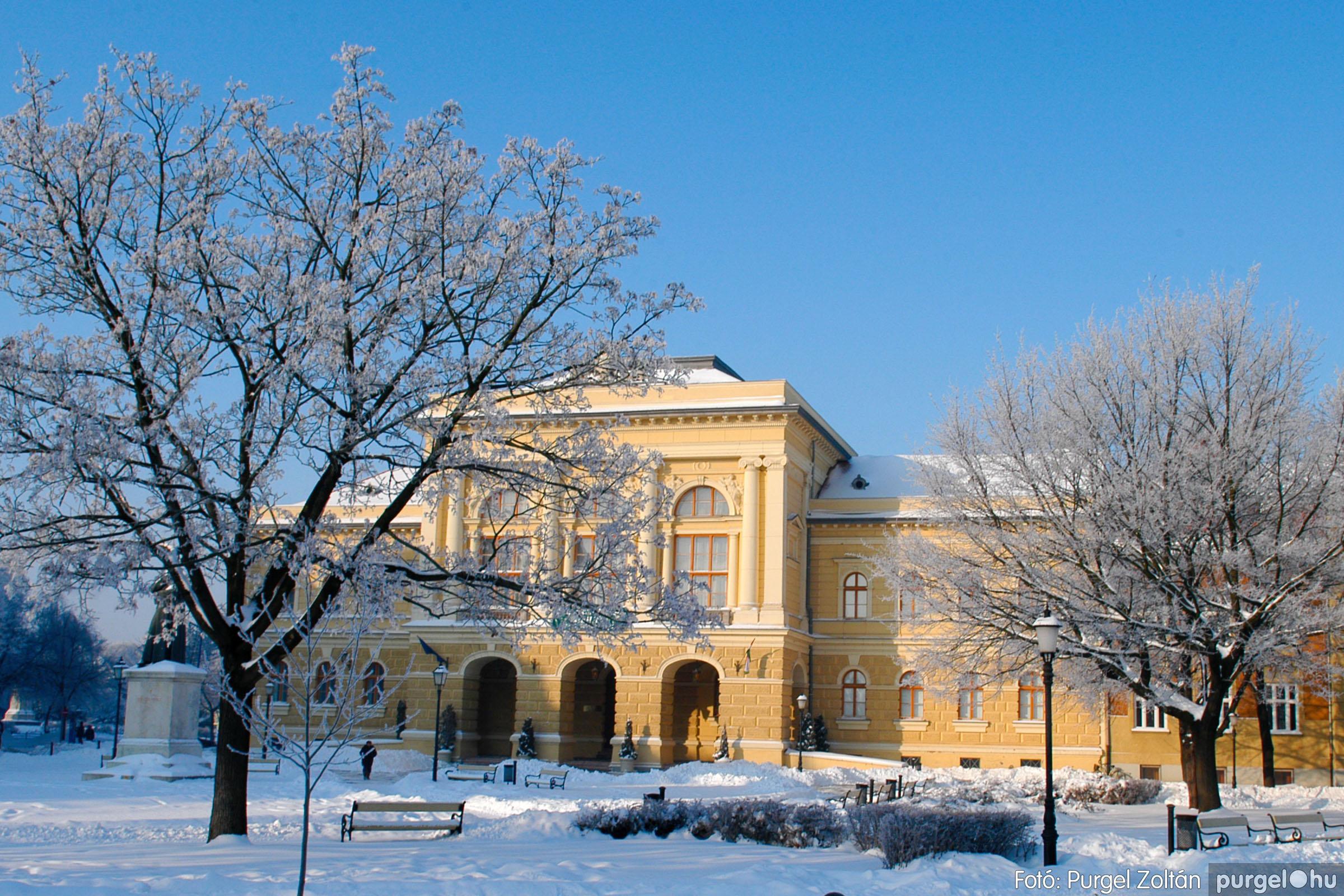 2012.02.08. 013 Szentes hóban-fagyban - Fotó:PURGEL ZOLTÁN© DSC_0094q.jpg