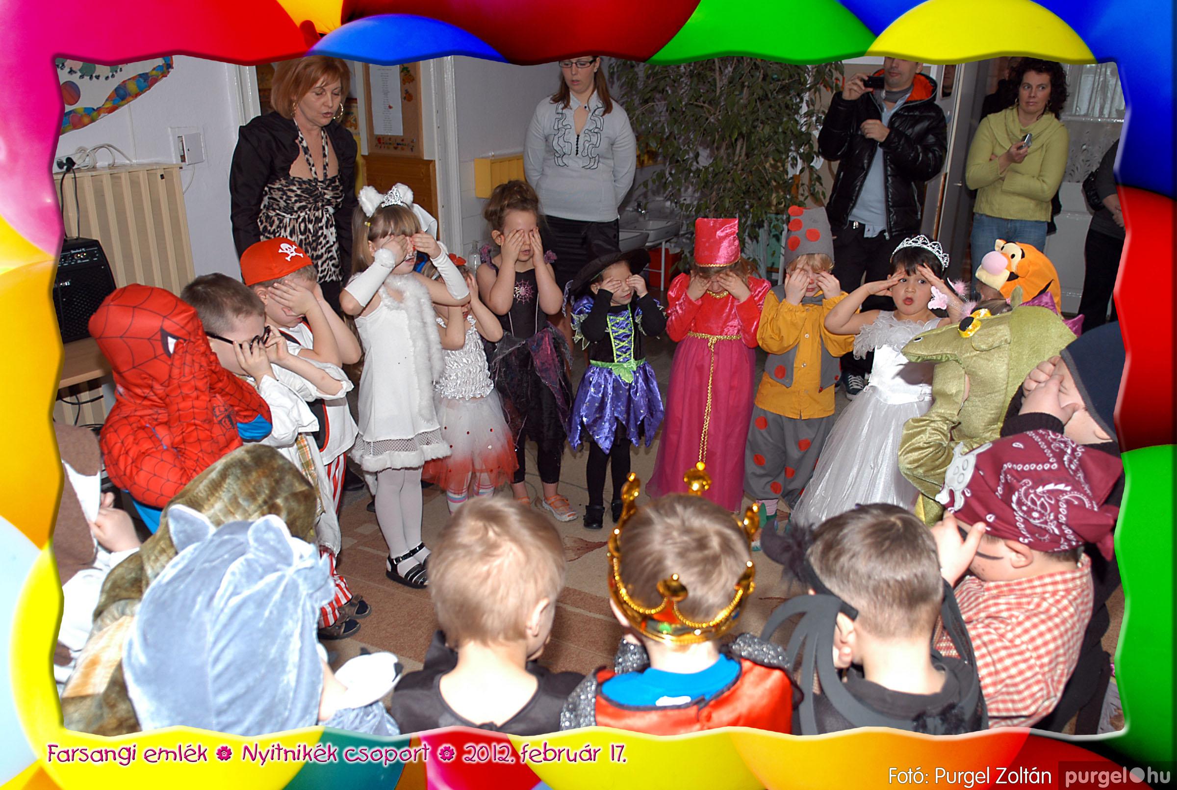 2012.02.17. 027 Kurca-parti Óvoda farsang 2012. - Nyitnikék csoport - Fotó:PURGEL ZOLTÁN© 527.jpg