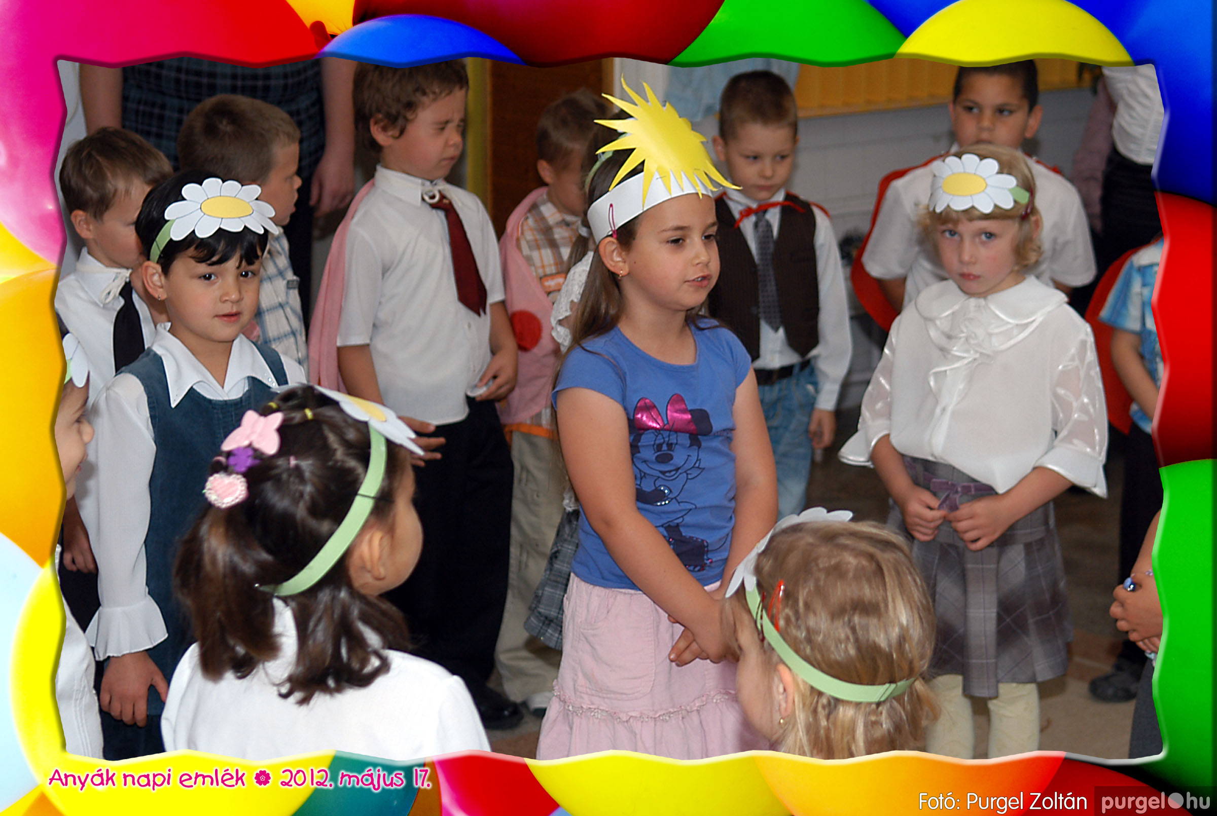2012.05.17. 040 Kurca-parti Óvoda évzáró 2012. - Nyitnikék csoport - Fotó:PURGEL ZOLTÁN© 504.jpg