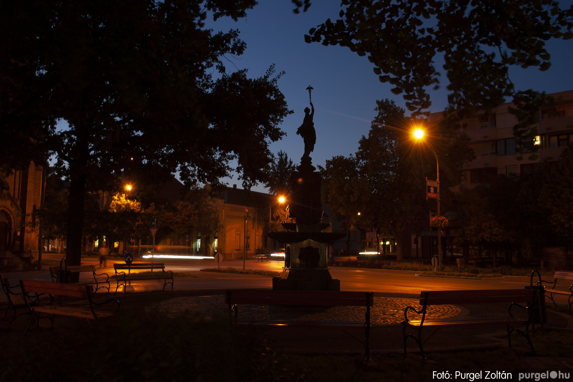 2012.09.16. 007 Szentes esti fényei - Fotó:PURGEL ZOLTÁN© DSC_0064q.jpg