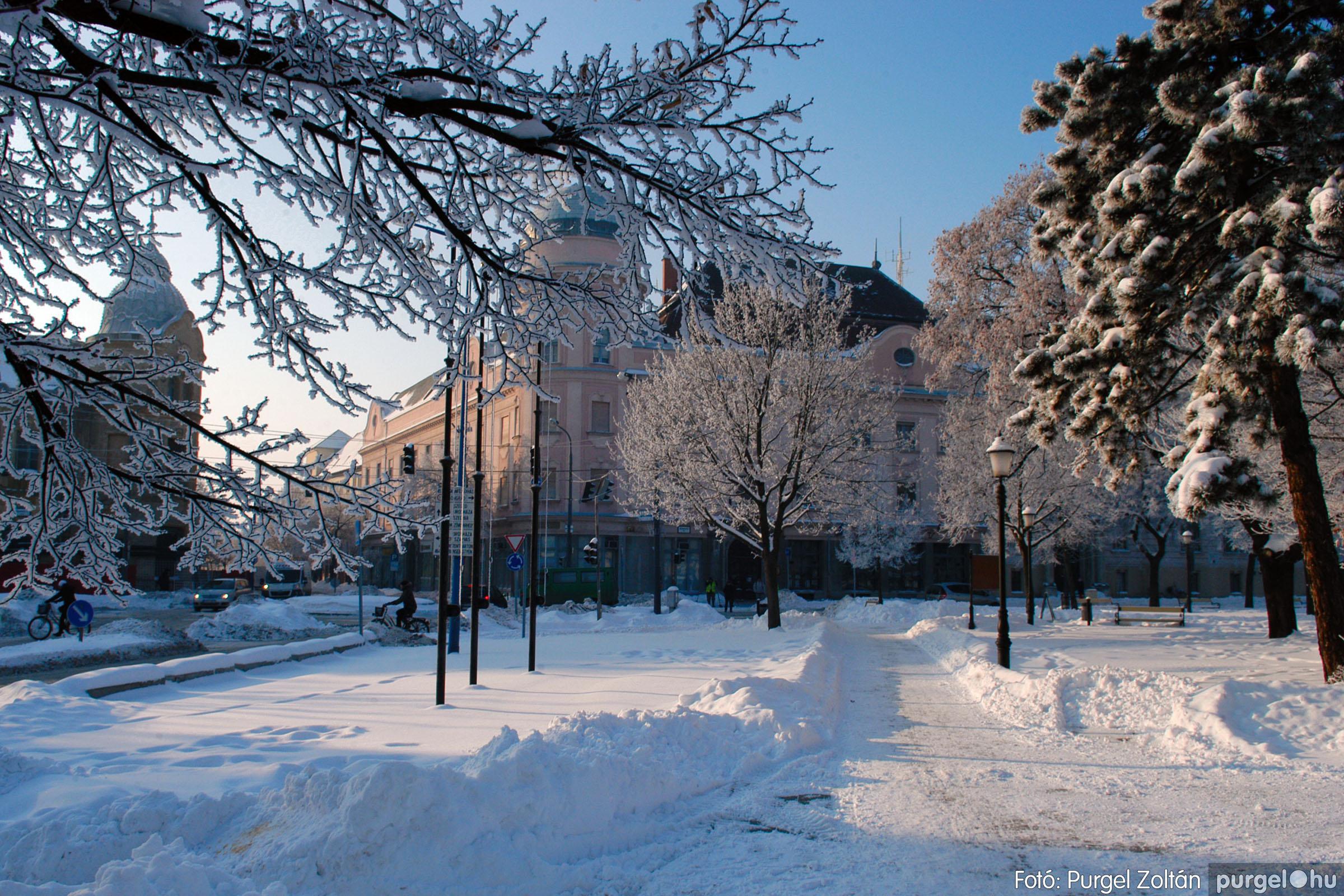 2012.02.08. 001 Szentes hóban-fagyban - Fotó:PURGEL ZOLTÁN© DSC_0079q.jpg
