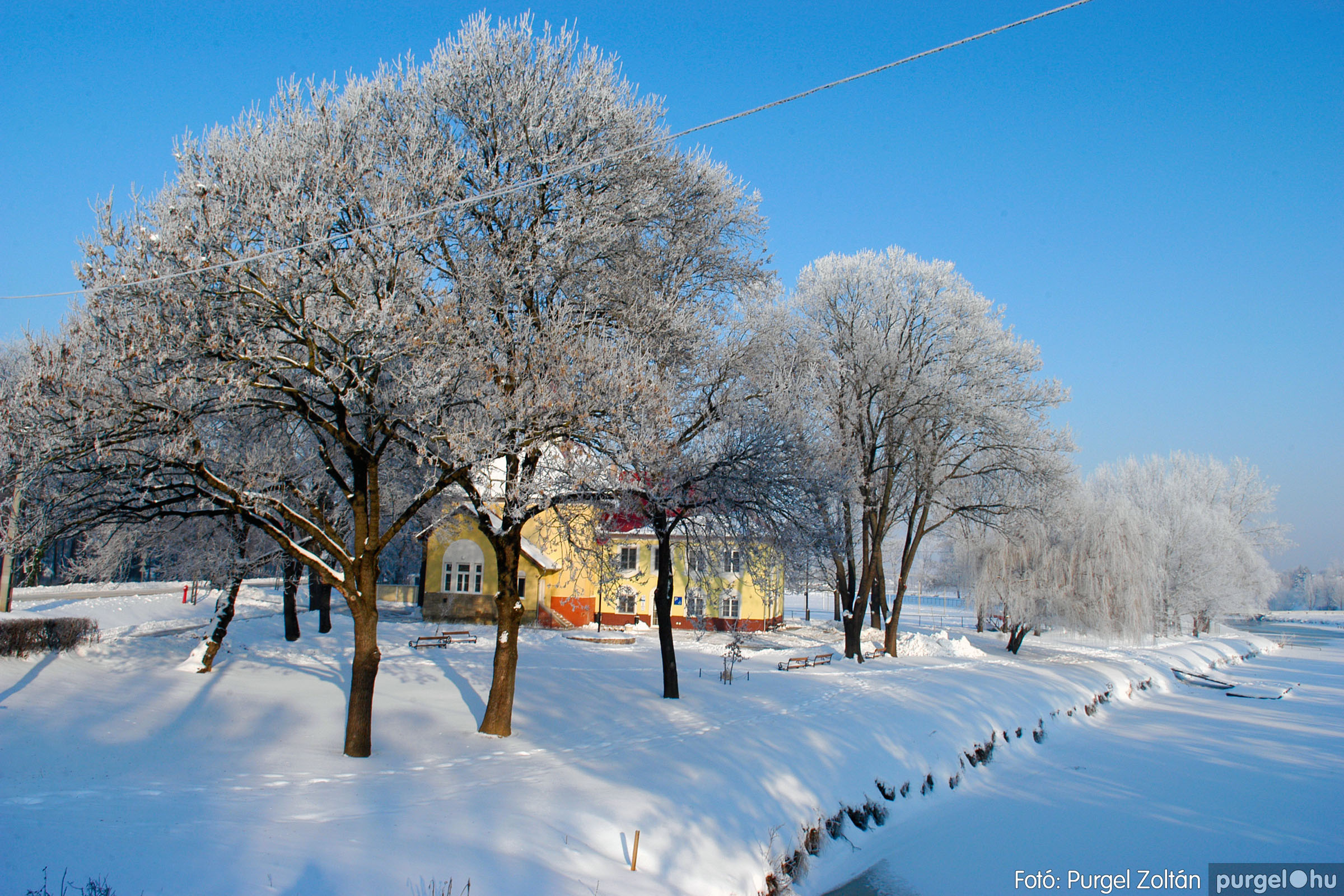 2012.02.08. 017 Szentes hóban-fagyban - Fotó:PURGEL ZOLTÁN© DSC_0100q.jpg