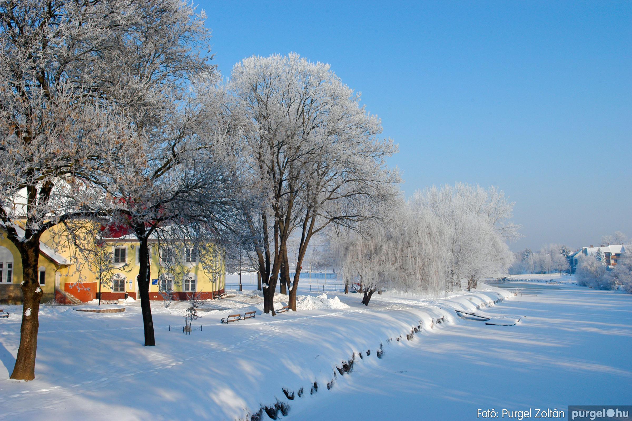 2012.02.08. 018 Szentes hóban-fagyban - Fotó:PURGEL ZOLTÁN© DSC_0101q.jpg
