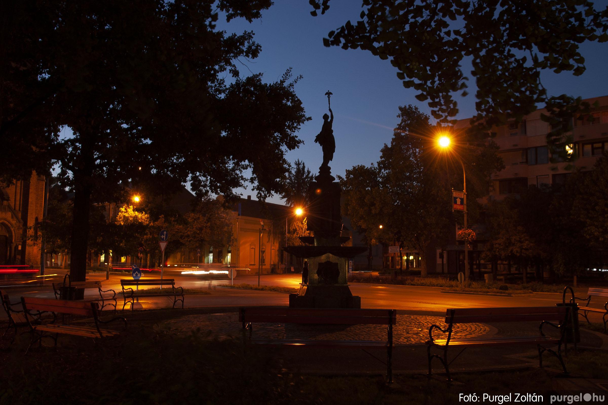 2012.09.16. 009 Szentes esti fényei - Fotó:PURGEL ZOLTÁN© DSC_0066q.jpg