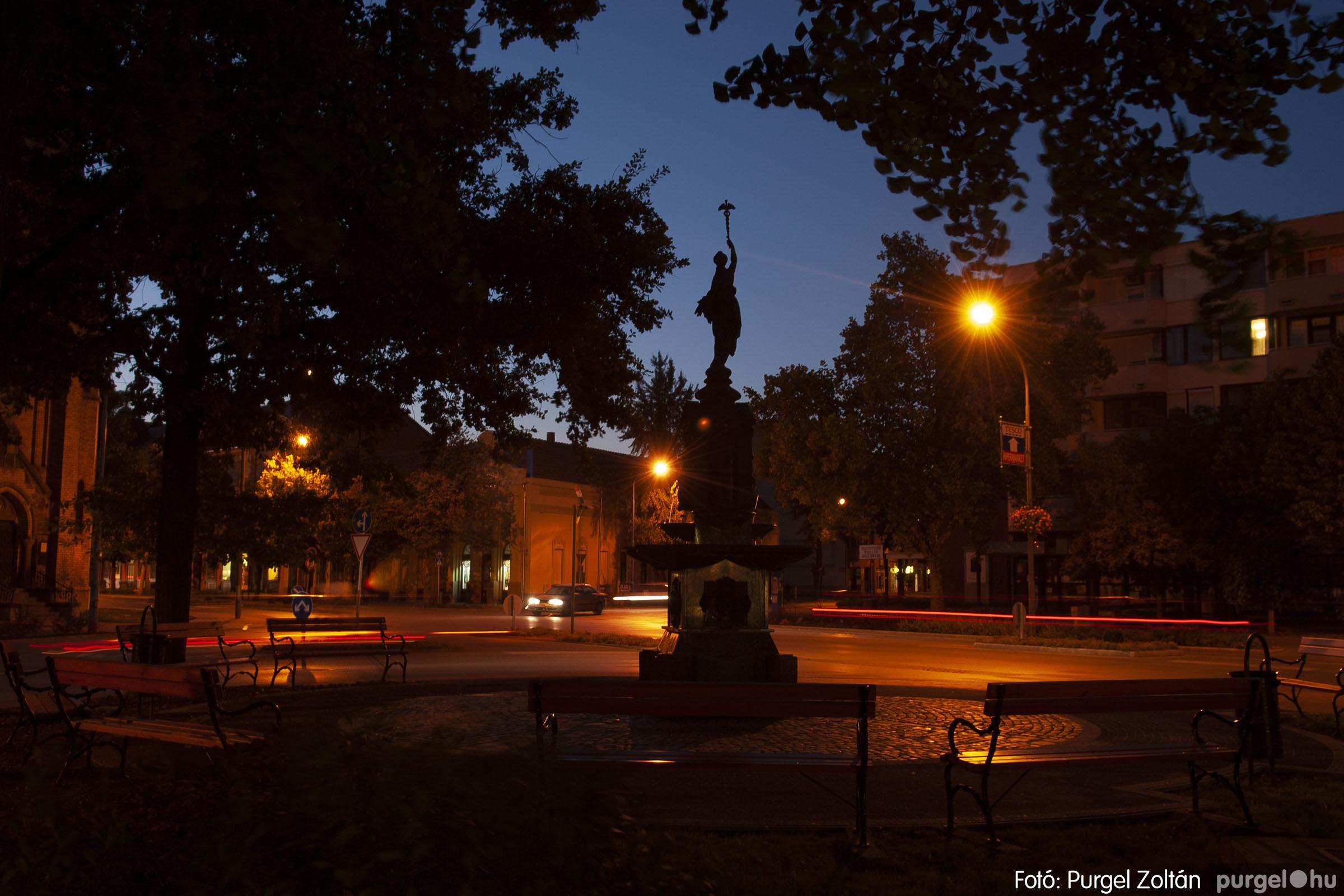 2012.09.16. 008 Szentes esti fényei - Fotó:PURGEL ZOLTÁN© DSC_0065q.jpg