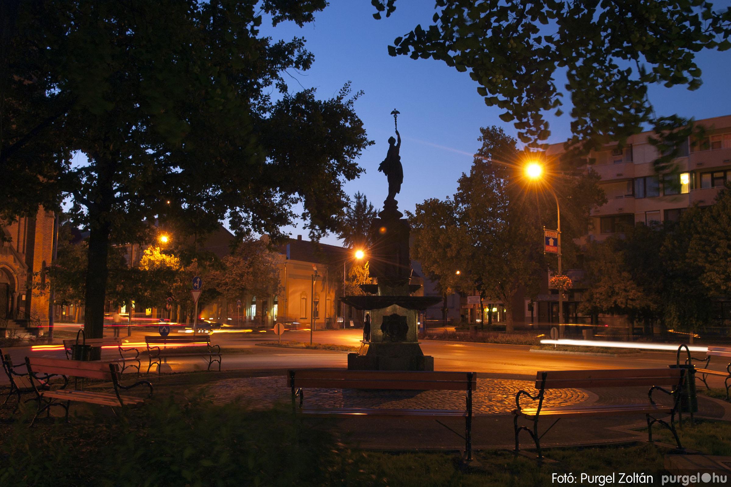 2012.09.16. 006 Szentes esti fényei - Fotó:PURGEL ZOLTÁN© DSC_0063q.jpg