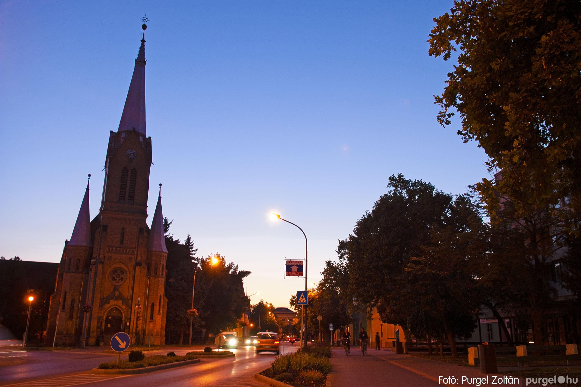 2012.09.16. 005 Szentes esti fényei - Fotó:PURGEL ZOLTÁN© DSC_0042q.jpg