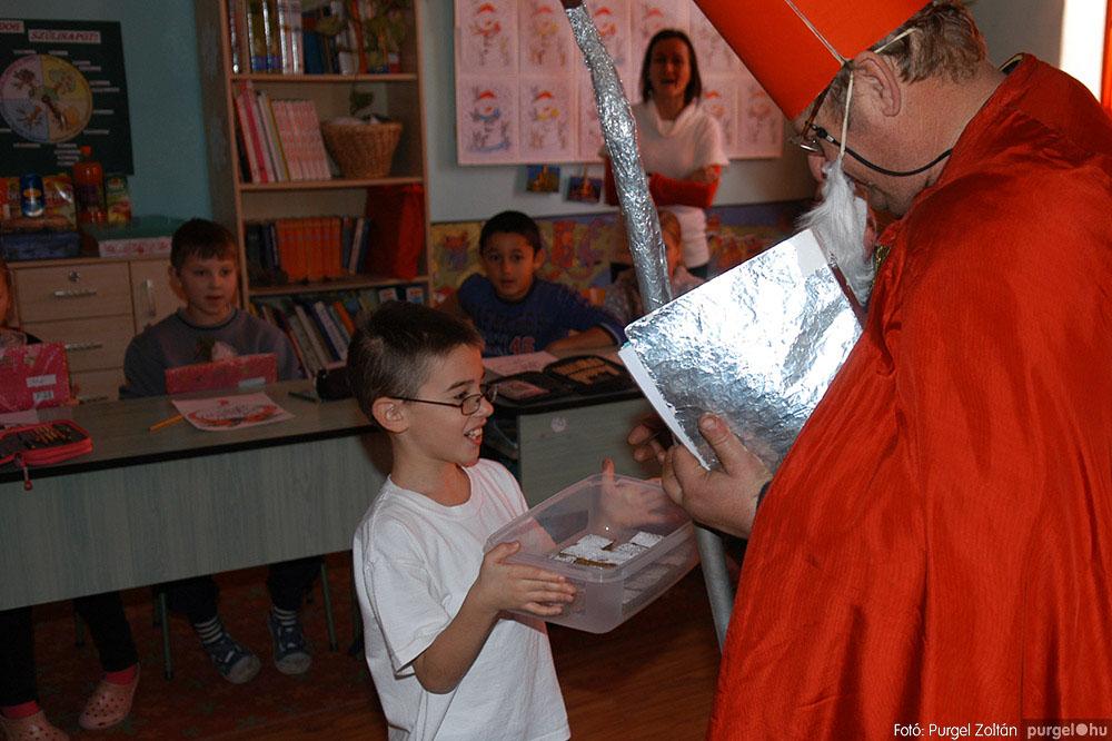 2013.12.07. 260 Forray Máté Általános Iskola Mikulás nap - Fotó:PURGEL ZOLTÁN© DSC_0300q.jpg