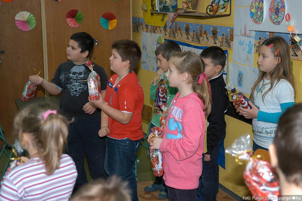 2013.12.07. 040 Forray Máté Általános Iskola Mikulás nap - Fotó:PURGEL ZOLTÁN© DSC_0043q.jpg