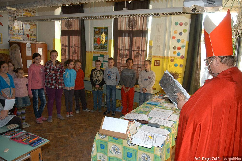2013.12.07. 265 Forray Máté Általános Iskola Mikulás nap - Fotó:PURGEL ZOLTÁN© DSC_0305q.jpg
