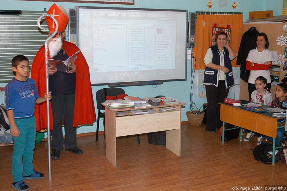 2013.12.07. 235 Forray Máté Általános Iskola Mikulás nap - Fotó:PURGEL ZOLTÁN© DSC_0272q.jpg