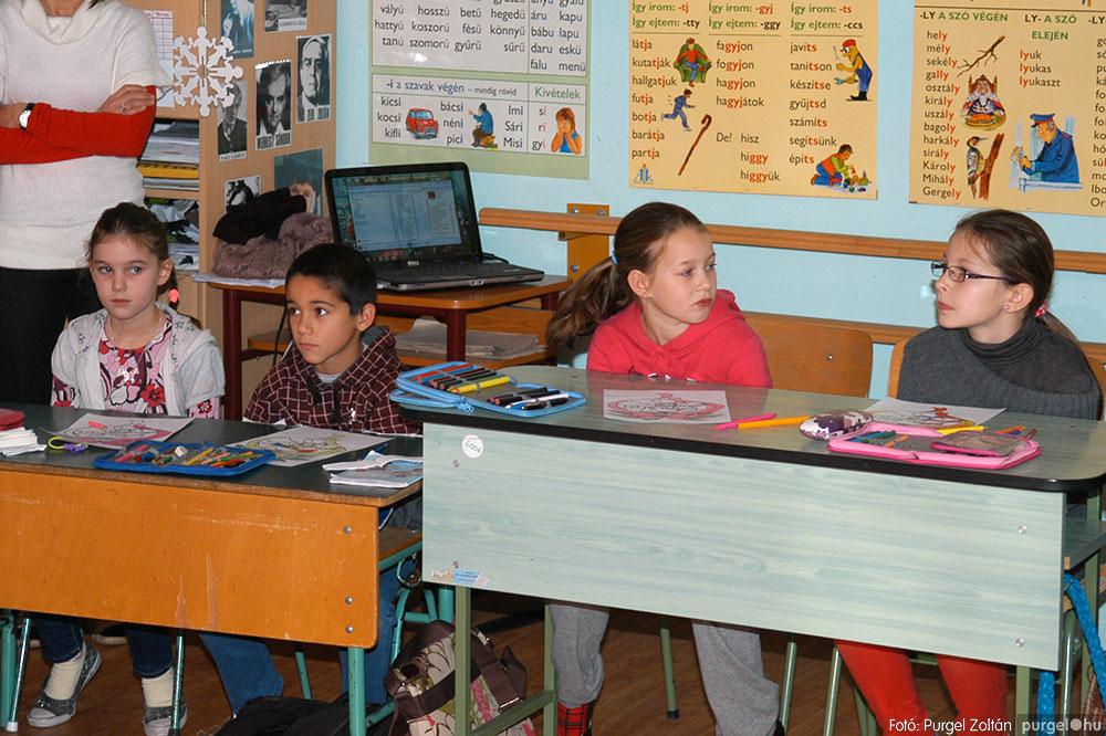 2013.12.07. 233 Forray Máté Általános Iskola Mikulás nap - Fotó:PURGEL ZOLTÁN© DSC_0270q.jpg