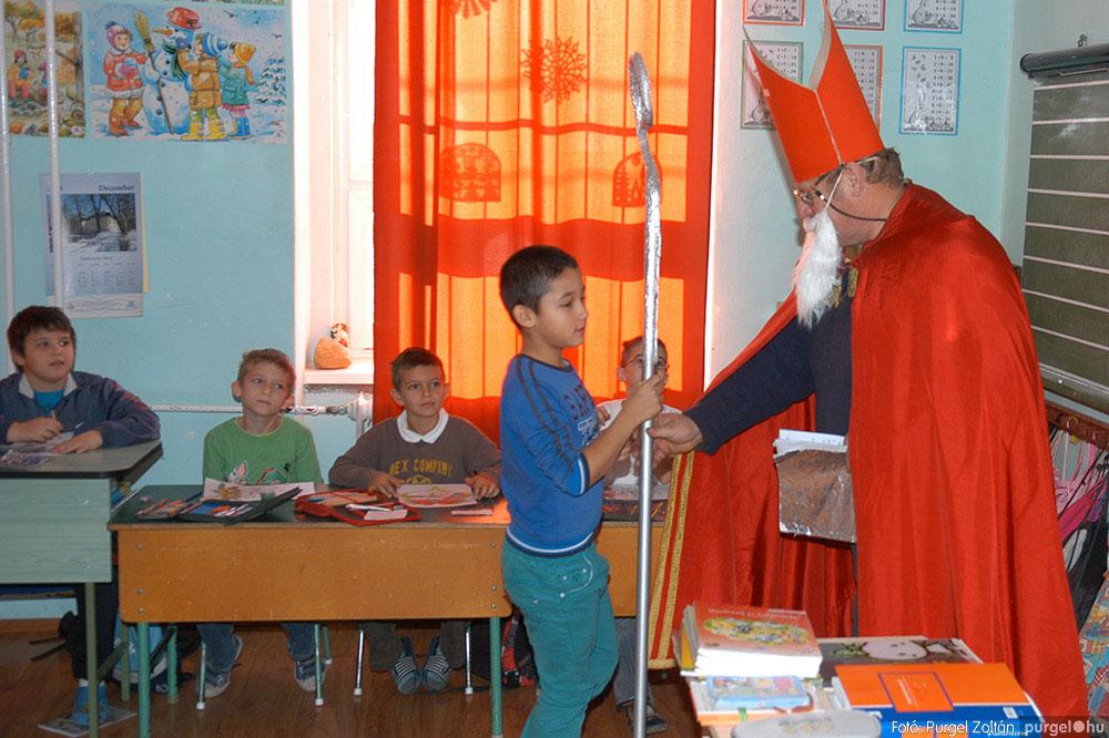 2013.12.07. 227 Forray Máté Általános Iskola Mikulás nap - Fotó:PURGEL ZOLTÁN© DSC_0263q.jpg