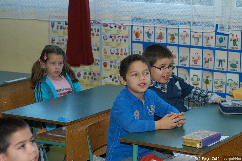 2013.12.07. 053 Forray Máté Általános Iskola Mikulás nap - Fotó:PURGEL ZOLTÁN© DSC_0058q.jpg