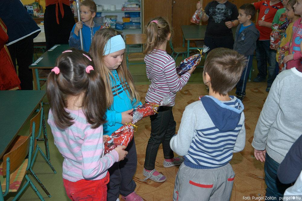 2013.12.07. 039 Forray Máté Általános Iskola Mikulás nap - Fotó:PURGEL ZOLTÁN© DSC_0042q.jpg