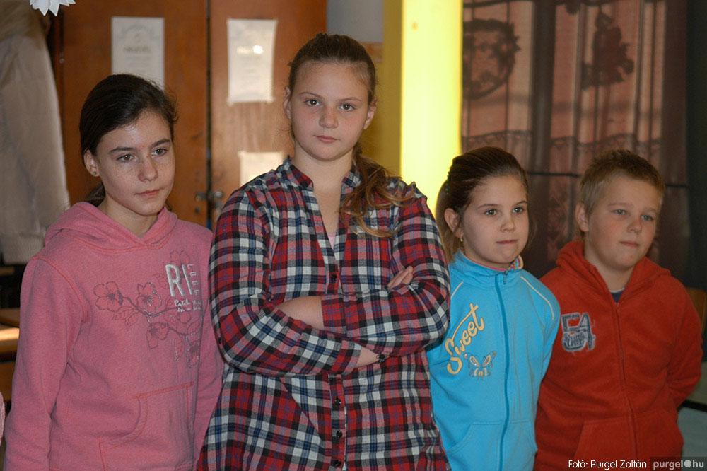 2013.12.07. 267 Forray Máté Általános Iskola Mikulás nap - Fotó:PURGEL ZOLTÁN© DSC_0307q.jpg