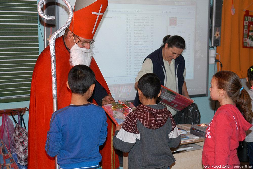 2013.12.07. 241 Forray Máté Általános Iskola Mikulás nap - Fotó:PURGEL ZOLTÁN© DSC_0279q.jpg