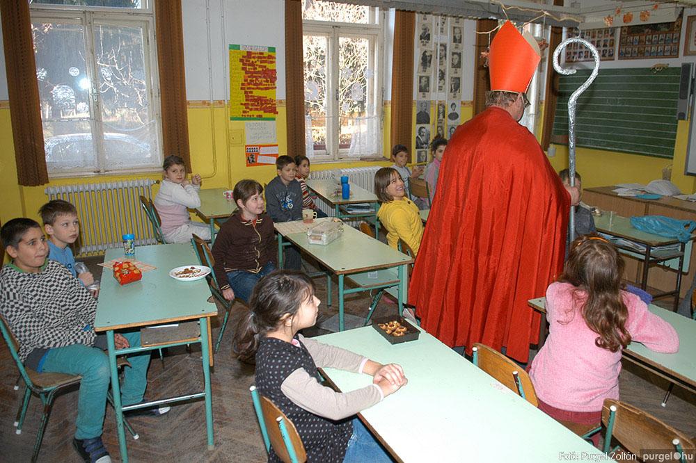 2013.12.07. 200 Forray Máté Általános Iskola Mikulás nap - Fotó:PURGEL ZOLTÁN© DSC_0225q.jpg