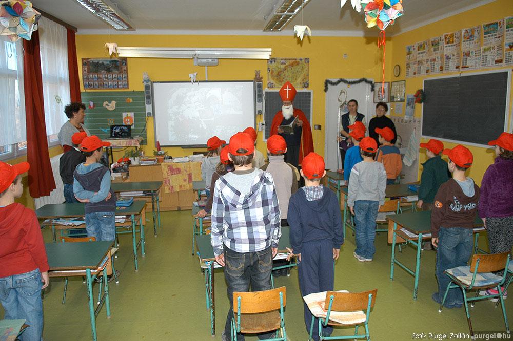 2013.12.07. 133 Forray Máté Általános Iskola Mikulás nap - Fotó:PURGEL ZOLTÁN© DSC_0144q.jpg