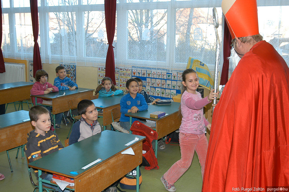 2013.12.07. 044 Forray Máté Általános Iskola Mikulás nap - Fotó:PURGEL ZOLTÁN© DSC_0048q.jpg