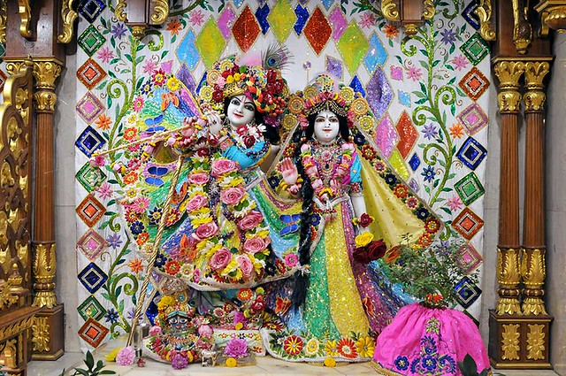 ISKCON London Deity Darshan 04 Aug 2019