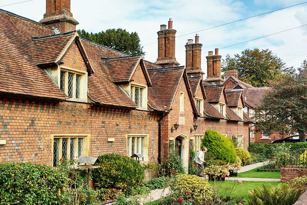 terrace-houses-in-Sonning