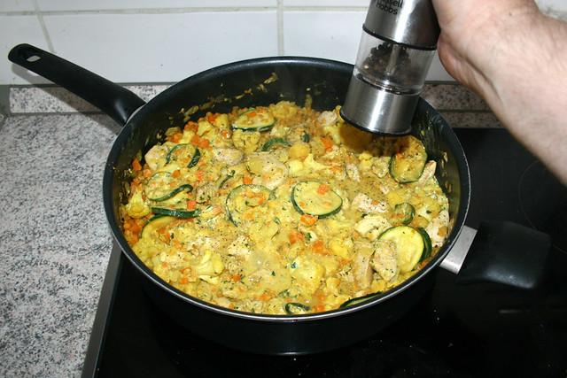 32 - Mit Salz & Pfeffer abschmecken / Taste with salt & pepper