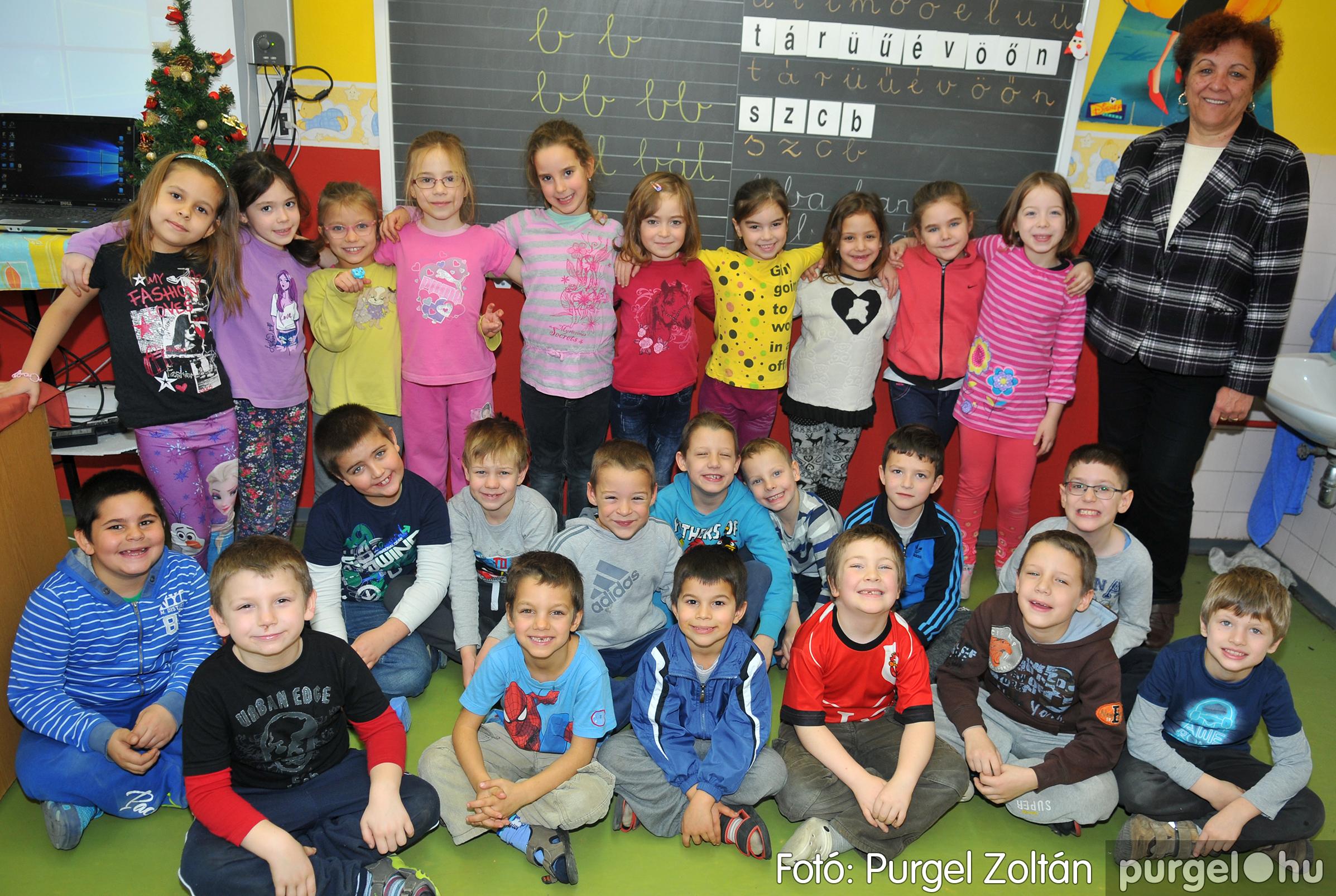 2016.12.16. 003 Forray Máté Általános Iskola ajándék fotózás - Fotó:PURGEL ZOLTÁN© D3K_6857q.jpg