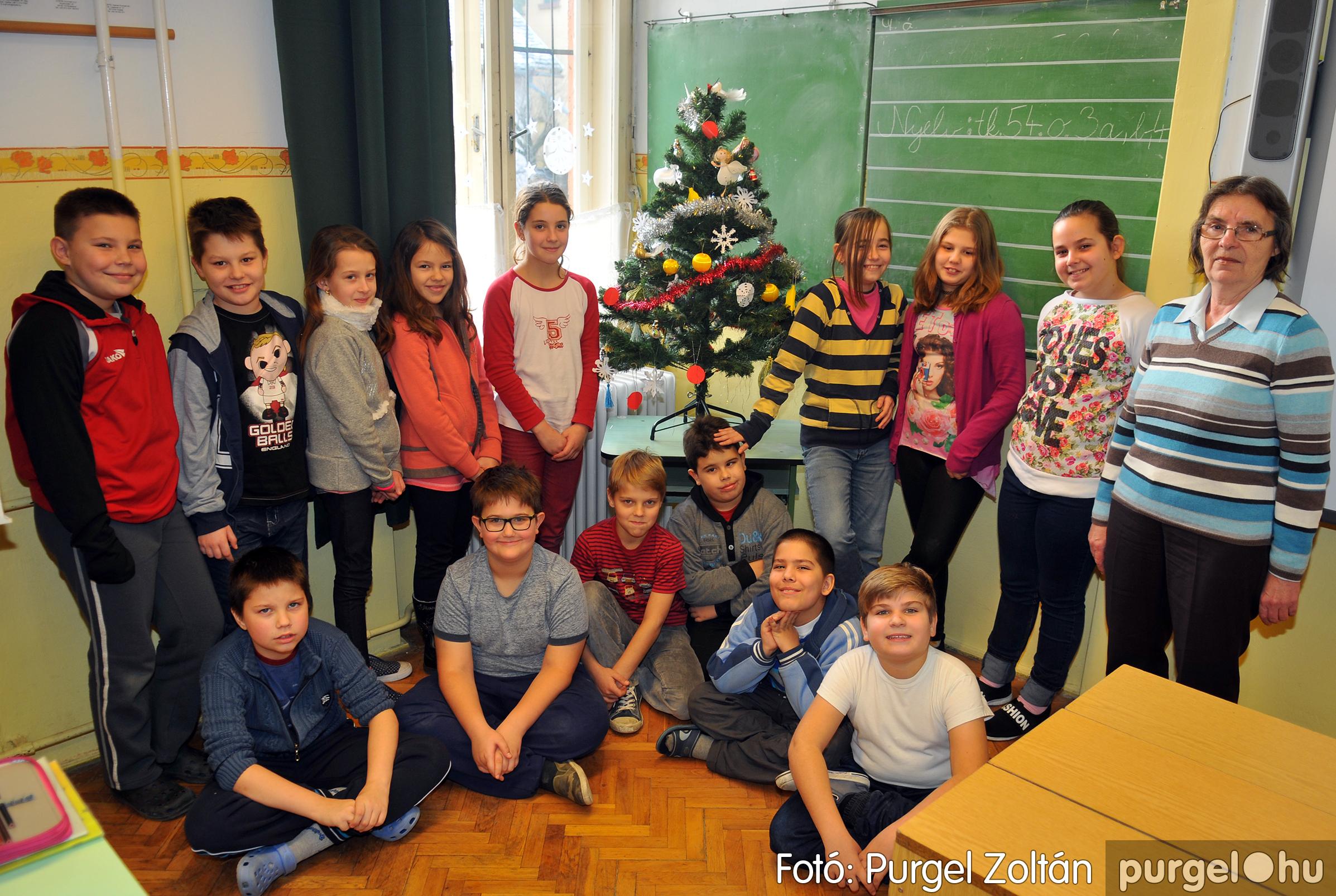 2016.12.16. 007 Forray Máté Általános Iskola ajándék fotózás - Fotó:PURGEL ZOLTÁN© D3K_6885q.jpg