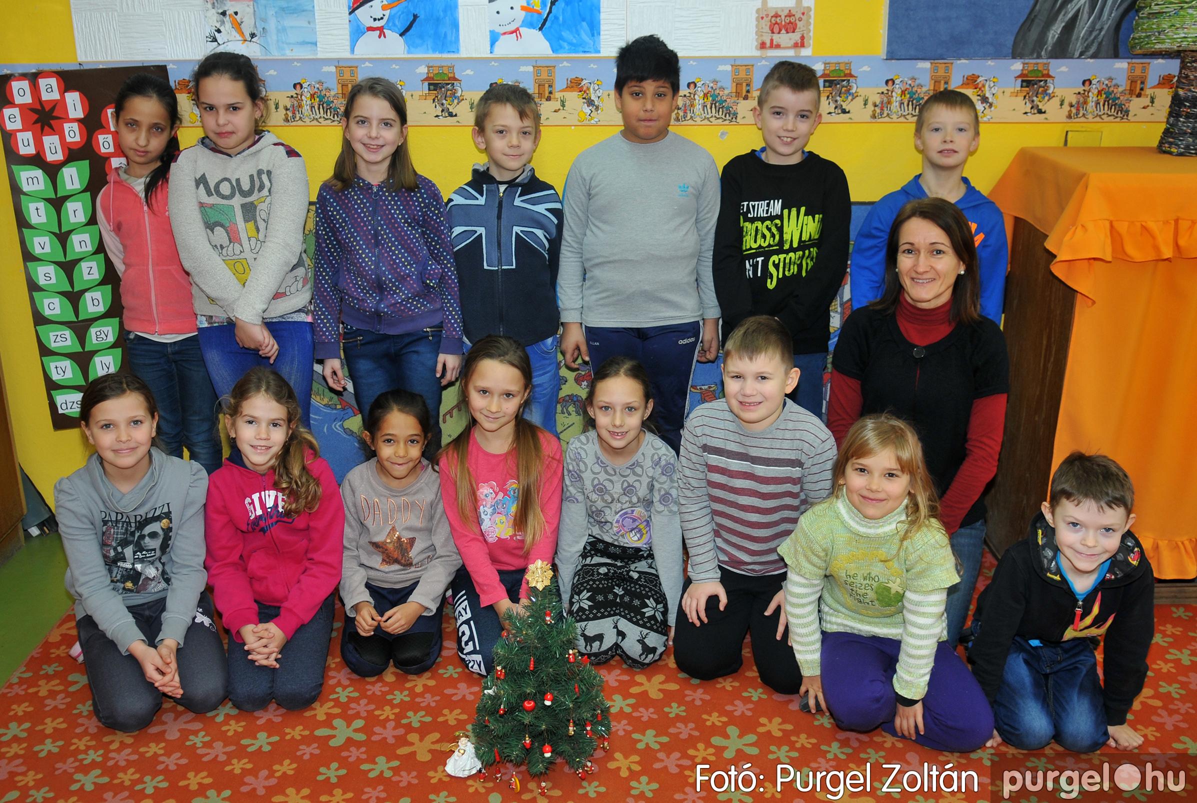 2016.12.16. 001 Forray Máté Általános Iskola ajándék fotózás - Fotó:PURGEL ZOLTÁN© D3K_6848q.jpg
