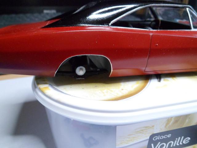 Défi moins de kits en cours : Dodge Charger R/T 68 [Revell 1/25] *** Terminé en pg 8 - Page 8 48456170087_8f9203257c_z